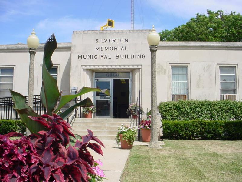Image of Silverton Memorial Municipal Building